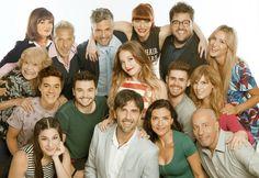 Tira del 13 en enero de 2018 Angela Torres, Cristiano Ronaldo, Selena, Decir No, Couple Photos, Tv, Netflix, Disney, Closed Doors