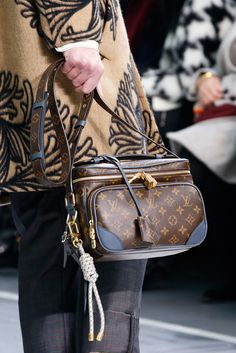 Louis Vuitton Fall 2015 Menswear - Details - Gallery - Style.com
