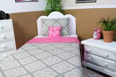 Doll Bedding for American Girl BFC ink Springfield by FroggyStuff