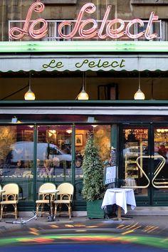 """""""Le Select"""". Café frequentado por """"Hemingway"""", """"Picasso"""", """"Henry Miller""""...Inauguração: 1925. Endereço: 99 Boulevard du Montparnasse, 75006 Paris, França."""