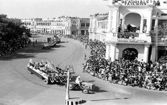 26 January 1952 :: Republic Day Cultural Parade Passing through Connaught Place, New Delhi