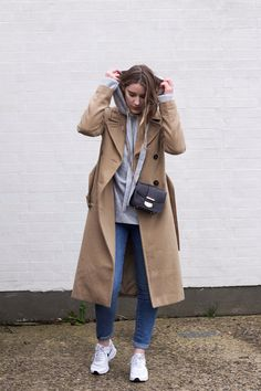 Trends, Outfit, Raincoat, Knitting, How To Wear, Jackets, Fashion, Hoodie, Outfits