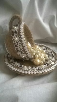 "This post was discovered by Kir ""Rustic Lace & Jute Ideas for \""Hattie's Vintage Crafts\"" ~"", ""crafty upcycle vintage cup & saucer with lace & pearls"", Hobbies And Crafts, Crafts To Make, Arts And Crafts, Diy Crafts, Upcycled Crafts, Bottle Art, Bottle Crafts, Floating Tea Cup, Tea Cup Art"