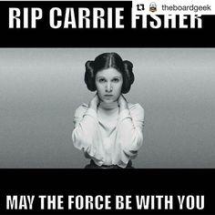 A Deli da Persy também veio prestar sua homenagem a essa grande atriz. Estamos muito tristes e preocupados com o próximo filme da franquia Star Wars!  Esperamos que a força esteja com Carrie Fisher! #starwars #carriefisher
