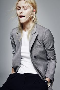 Lena Gercke in a grey blazer, white tee & black pants #style #fashion #editorial