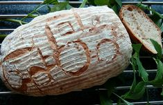 Cvrčkův kváskový chléb Bread, Food, Petra, Brot, Essen, Baking, Meals, Breads, Buns