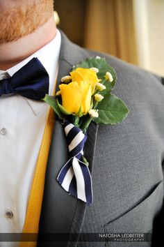 Striped (wedding colors) ribbon on boutonniere