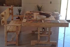 DIY Recycled Wood Pallet Dining Table ideas for home – Pallet Projects Wood Pallet Furniture, Recycled Furniture, Recycled Wood, Wood Pallets, Diy Furniture, Pallet Sofa, Recycled Crafts, Pallet Dining Table, Dining Table With Bench
