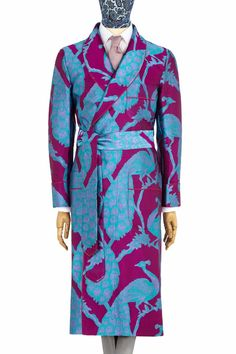 Taken from an original Russian Imperial design, this exquisite peacock fabric was recreated by our English silk mill, established at the time of the Huguenots. The silk is a 300-end twill, which gives a very durable fabric with rich colour and lustre. As with all of our dressing gowns, it is impeccably handmade in England. This design is unlined and features contrast piping and French seaming throughout.