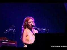 Tori Amos - Dreams (Fleetwood Mac Stevie Nicks cover) Live on Piano, Cary NC 13-Aug-2005