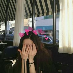 Image about ulzzang in female site model icons by LIA Mode Ulzzang, Ulzzang Korean Girl, Cute Korean Girl, Asian Girl, Ulzzang Girl Selca, Aesthetic Korea, Aesthetic Girl, Aesthetic Photo, Instagram Pose