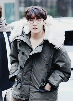 Find images and videos about kpop, bts and jungkook on We Heart It - the app to get lost in what you love. Jimin, Jungkook Jeon, Kim Namjoon, Yoongi, Bts Bangtan Boy, Taehyung, Gwangju, Jung Hoseok, Seokjin