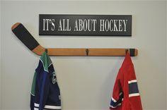 Hockey stick wall hooks and sign SET India Home Decor, Gold Home Decor, Home Decor Lights, Home Decor Mirrors, Diy Home Decor Bedroom, Home Decor Paintings, White Home Decor, Home Decor Fabric, Bedroom Ideas