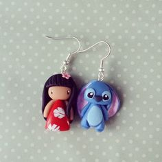 Lilo et Stitch Polymer Clay Disney, Polymer Clay Figures, Cute Polymer Clay, Polymer Clay Miniatures, Fimo Clay, Polymer Clay Charms, Polymer Clay Projects, Polymer Clay Creations, Polymer Clay Earrings
