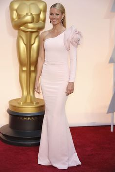 Oscars 2015: Gwyneth Paltrow - NYTimes.com, holy buckets does she look AMAZING in this pale pink gown.  Gorgeous. Gorge!