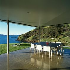 Fine dining | Shark Alley House | Auckland, New Zealand | Fearon Hay Architects