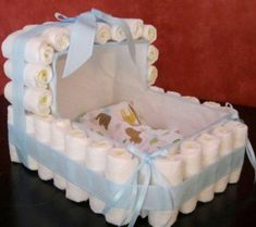 Items similar to Diaper Crib - Custom Diaper Cake - Baby Shower Gift on Etsy Cadeau Baby Shower, Deco Baby Shower, Bebe Shower, Baby Shower Crafts, Baby Shower Gifts For Boys, Baby Shower Parties, Baby Boy Shower, Baby Shower Decorations, Baby Gifts