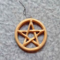 2fbdea5320b4 Miniature Pentacle Wood Carved Small Altar Focus-Encircled Pentagram  Contain and Protect Energy-Holistic relationship Spirituality Physical