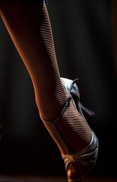 Tango Step v Dancing In The Rain, Swing Dancing, Denim Jacket Men, Men's Denim, Denim Jackets, Jean Jackets, Argentine Tango, Salsa Dancing, Learn To Dance