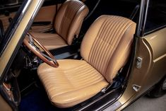For Sale: 1967 Ferrari 330 GTC, Listing ID: 3846, $599,000 #1967Ferrari330GTC #Ferrari330GTC #ClassicVehicles #OldtimersOffer Italy In November, Classic Cars Online, Ferrari, Car Seats
