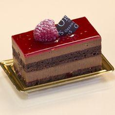 Elegant Desserts, Small Desserts, Desserts Menu, Fancy Desserts, Wedding Desserts, Sweet Desserts, Dessert Recipes, Patisserie Fine, Creative Birthday Cakes