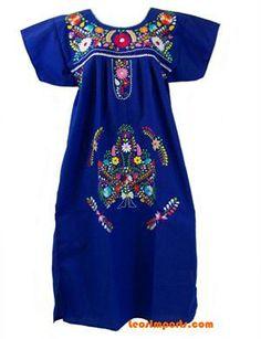 Blue embroidered dress. Frescos, alegres, con personalidad! En Los Angeles los pueden conseguir en la Placita Olvera. No son caros!