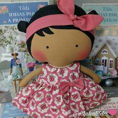 Boneca Tilda Toy ❤ pedidos (81) 98824-4076 #tilda #tildinha #tildatoy #bonecadepano #tildatoys #feitocomamor  #feitocomcarinho #mãedemenina #gravidez #coisasdemenina #maternidade #fofura  #chádebebê #decoração #doll #dolls #tildaworld #costurinhas #princesas #newborn #atelie #artesanato #recemnascido #futuramamae #tonefinnanger #vestidodeboneca