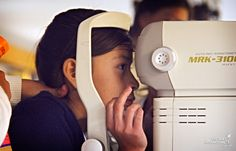 We all know how important it is to go to the eye doctor (despite that dang air puff test!), but for families in poverty, it's just not always possible to go. So it was no surprise when kids and their parents in Guadalajara, Mexico, were thrilled that the eye doctor came to them at their community center!