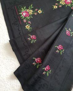 Cross Stitch Patterns, Diy And Crafts, Model, Crossstitch, Cross Stitch Rose, Flower Chart, Punto De Cruz, Dots, Cross Stitch