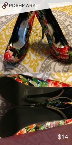 NIB Black Floral Stiletto Heels Size 12 This NIB Heel is a great addition to your closet and can be worn dressed up or down. Happy Poshing Shoes Heels