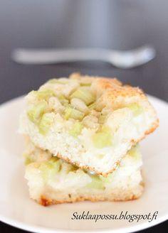Helppo ja mehevä raparperipiirakka (munaton, maidoton) - Suklaapossu Yummy Cakes, Apple Pie, Doughnut, Candy, Sweet, Desserts, Moomin Valley, Fence, Food Ideas