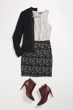 Love this whole look.. and those booties! Here i amthinming flats or block heel but that high heel makes it look so classy :)