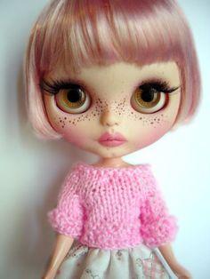 Custom blythe doll art doll by GarlenaShop on Etsy Barbie, Little Doll, Hello Dolly, Collector Dolls, Custom Dolls, Doll Face, Big Eyes, Blythe Dolls, Beautiful Dolls