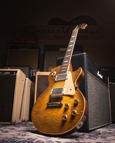 Vintage Electric Guitars, Vintage Guitars, Black Les Paul, 1959 Gibson Les Paul, Jazz Guitar Chords, Vintage Les Paul, Les Paul Guitars, Les Paul Custom, Les Paul Standard
