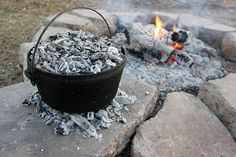 How To Bake In A Dutch Oven - everything from biscuits, pies to bread... #dutchoven #homesteading
