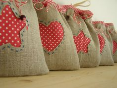 Preparing little gifts for Christmas. I put inside shapes for making Christmas cakes and a paper with recipe. Christmas Gift Bags, Christmas Sewing, Noel Christmas, Homemade Christmas, Christmas Crafts, Holiday Bags, Burlap Crafts, Felt Crafts, Burlap Gift Bags