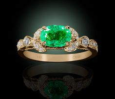 HM Fine Jewelry and More Boutique Gems Jewelry, Gemstone Jewelry, Jewelry Box, Jewelery, Fine Jewelry, Vintage Rings, Vintage Jewelry, Emerald Rings, Colombian Emeralds