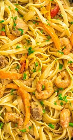 This delicious Cajun Chicken and Shrimp Pasta makes an easy, quick and filling dinner for the whole family. The smoky Cajun spice and the creamy Parmesan sauce create an unforgettable combination! Prawn Recipes, Chicken And Shrimp Recipes, Chicken Pasta, Seafood Recipes, Pasta Recipes, Cooking Recipes, Healthy Recipes, Prawn Pasta, Dinner Suggestions