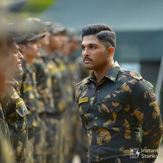 Army Couple Photography, Army Couple Pictures, Couple Photos, New Photos Hd, Indian Army Wallpapers, Blur Background In Photoshop, Allu Arjun Wallpapers, Allu Arjun Images, Army Look