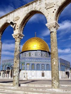 Beautiful holy place in Jerusalem...brings back a lot of memories.