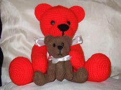 Ravelry: Teddy Bears free crochet pattern by Beverley Arnold