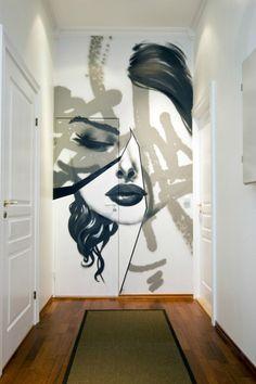 Mooie muurschildering in de gang