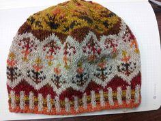 Fair Isle Hat pattern. My Falling Leaves Beanie door MyDoxeyKnits