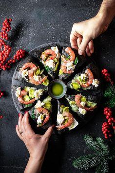 Cooking 101, Cooking Recipes, Pizza Recipes, New Recipes, Vegan Starters, Flatbread Pizza, Antipasto, Food Inspiration, Brunch