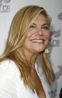 Kristen Johnston, an advocate for sober high schools and co-founder of SLAM, hosted a benefit in conjunction with Celebrity Autobiography to raise funds for the non-profit.    http://www.thegloc.net/2012/02/28/slam-with-kristen-johnston/