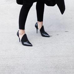 All black everything in #AlexanderWang heels @livingthegrey #TheThrillOfTheFind…