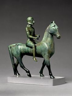 Bronze horse and rider -560/-550 From the collection of British Museum This bronze horse and rider is one of the earliest pieces of sculpture to survive from what is known as Western Greece (Magna Graecia)...