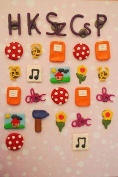 Órarend a hűtőn - Time table magnets froam clay Diy Magnets, Kids Learning, Back To School, Classroom, Clay, Seasons, Teaching, Asd, Google Drive