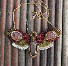 """Купить Колье-мотылёк """"Мезозой"""" - мезозой, мотылек, бабочка, эра, коричневый, бронзовый, колье, подвеска"""