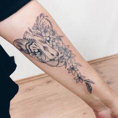 Lioness Tattoo @vicnascimentotattoo